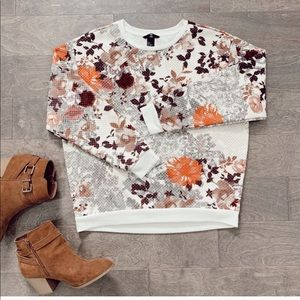 H&M FLORAL QUILTED SWEATSHIRT